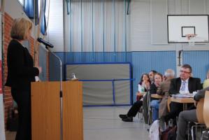 Doris Rauscher bei ihrer Rede zum Engagement von und für Senioren