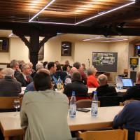 Viele Interessierte kamen zum bienenpolitischen Fachgespräch ins Bürgerhaus Sommerhausen.