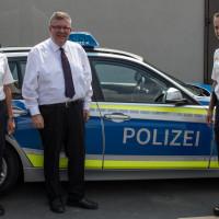 Besuch bei der Polizeiinspektion Ochsenfurt mit Dienststellenleiterin mit Andrea Hanakam und Thomas Fricke, einem stellvertretenden Dienstgruppenleiter.