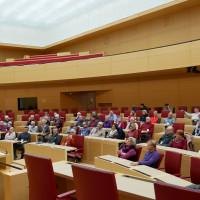 Gäste aus Helmstadt und Estenfeld bei Volkmar Halbleib im Landtag