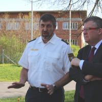 Dienststellenleiter Willmut Hornung (links) empfing uns SPD-Vertreter zum Informationsaustausch bei der VPI Biebelried in Dettelbach. Foto Traudl Baumeister
