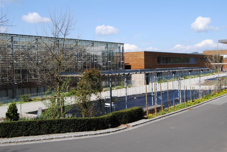 Insgesamt 54 Millionen Euro für die Neubauten der Landesanstalt für Wein- und Gartenbau Veitshöchheim. MdL Volkmar Halbleib sieht den Standort für die Zukunft gestärkt